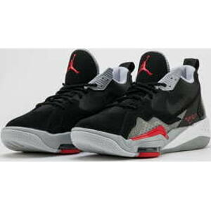 Jordan Zoom '92 black / university red EUR 43