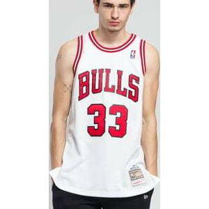 Mitchell & Ness NBA Swingman Jersey Chicago Bulls cottie Pippen #33 bílý