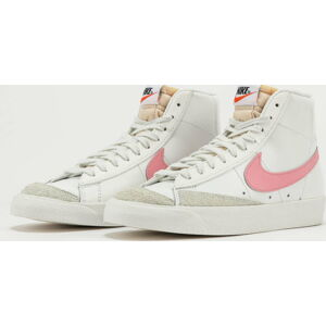 Nike W Blazer Mid '77 summit white / sunset pulse EUR 41